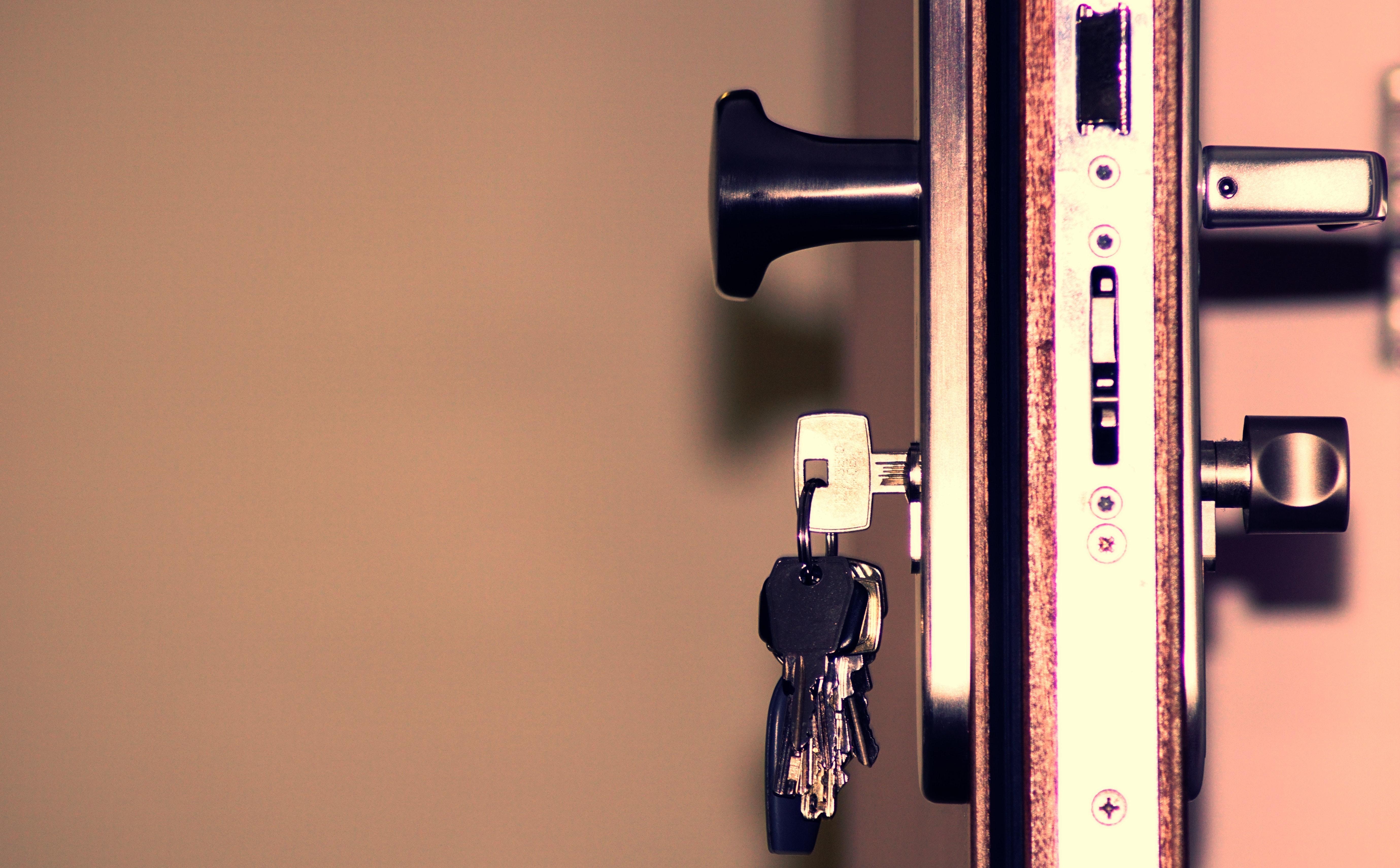 Zylindertausch und Elektronische Schließanlagen